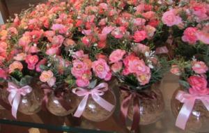 Arranjos de flores para decora aniversario
